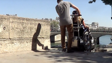 LIFTKAR PTR tracked stairclimber – visiting Paris